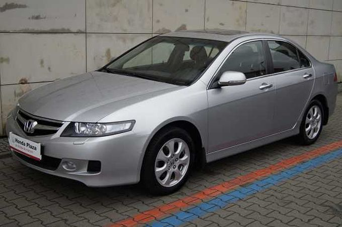 Honda Accord 2l - Srebrny